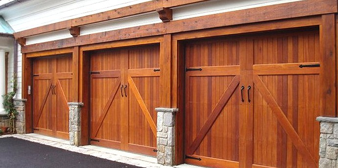 traditional-garage-doors